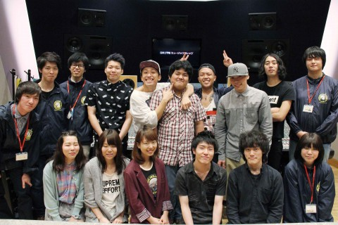 BACK-ON&日本工学院学生